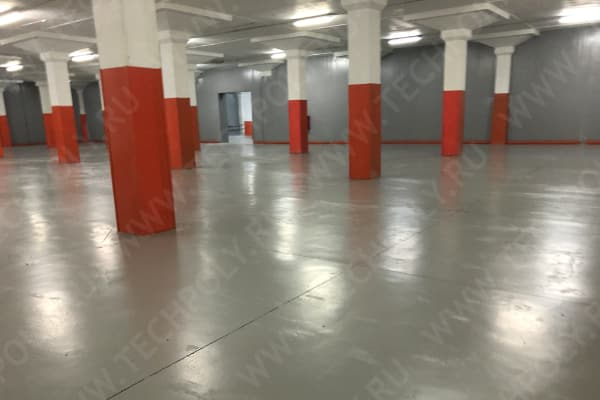 Полиуретановые полы на складе